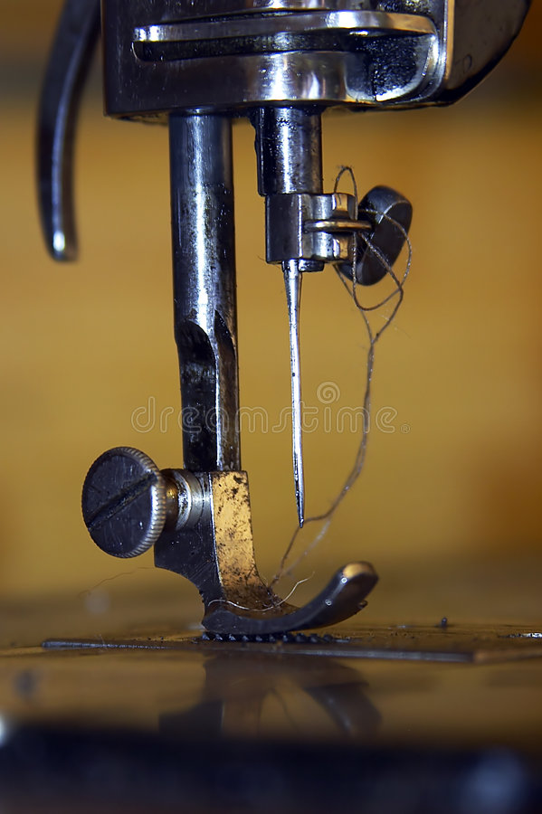 Free Sewing-machine Royalty Free Stock Images - 218389