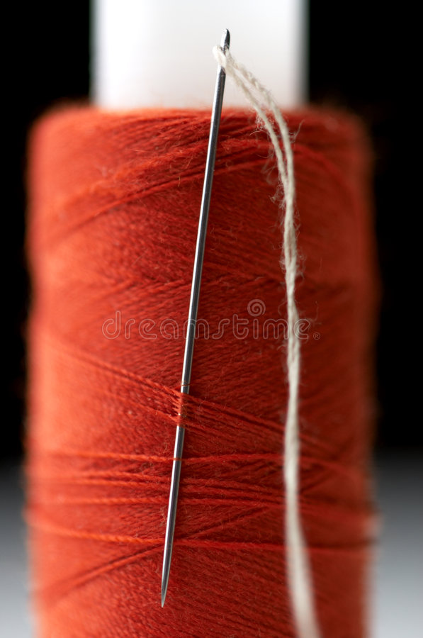 Free Sewing Needle Royalty Free Stock Photos - 441848