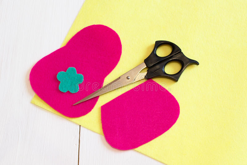 Sewing set for felt wallet - how to make a wallet handmade. Sewing craft idea. Sewing needlework concept. Sewing needlework tutorial. Sewing crafts master class royalty free stock images