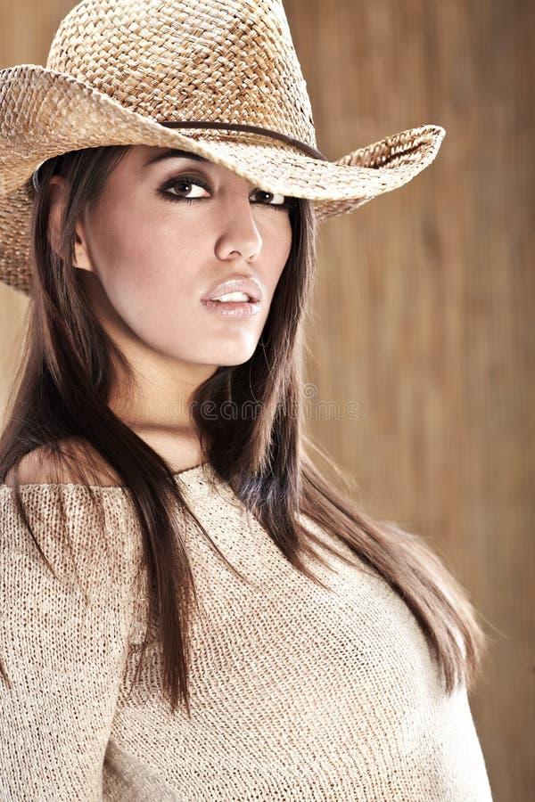 sexig härlig cowgirl fotografering för bildbyråer