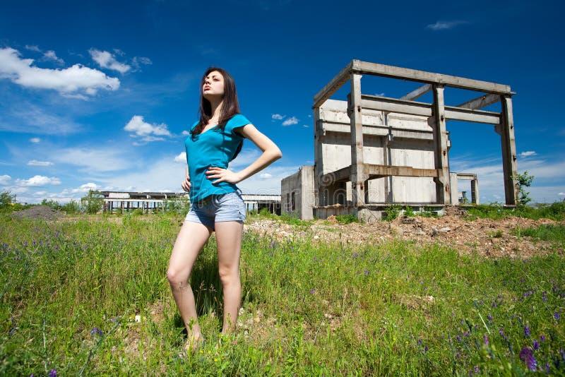 sexig industriell lady för bakgrund fotografering för bildbyråer