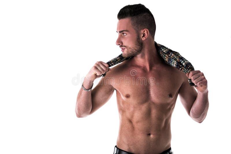 Sexig shirtless ung man på vit royaltyfria bilder