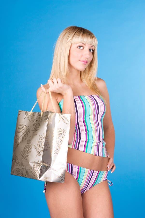 sexig shopping för flicka royaltyfria bilder