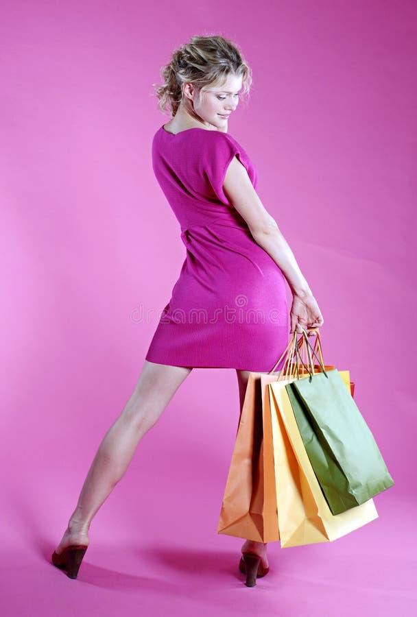 sexig shoppingkvinna arkivfoto