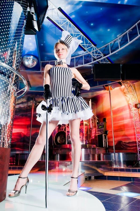 sexig showgirl royaltyfria foton