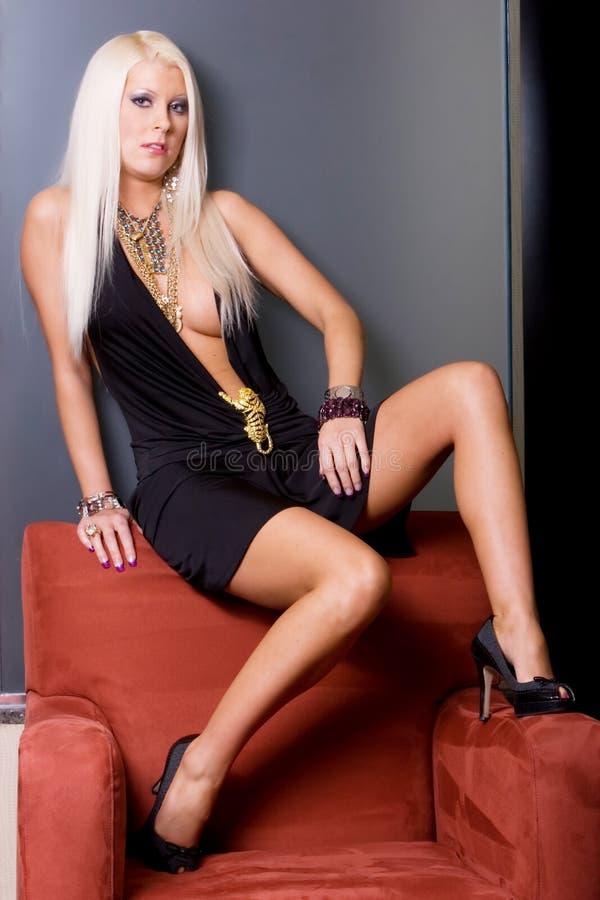 sexig topless kvinna royaltyfria bilder