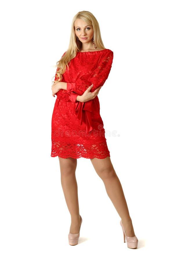 Sexig ung kvinna i coctailklänning. royaltyfri fotografi