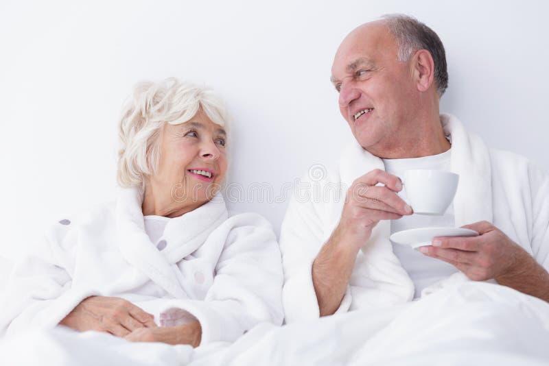 Sexualitet i äldre ålder arkivfoto