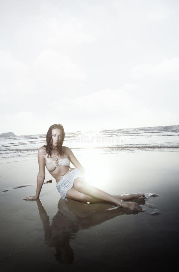 Sexy alla spiaggia fotografia stock