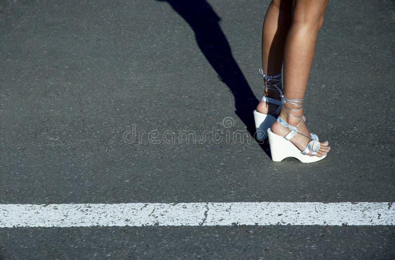 Sexy Benen In Sandals Royalty-vrije Stock Foto