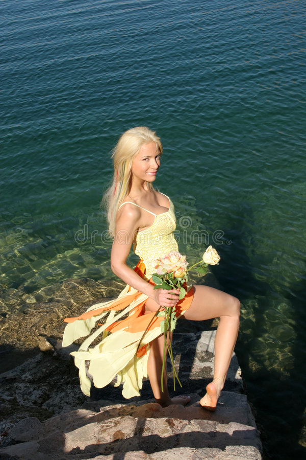 Sexy blonde vrouw royalty-vrije stock foto's