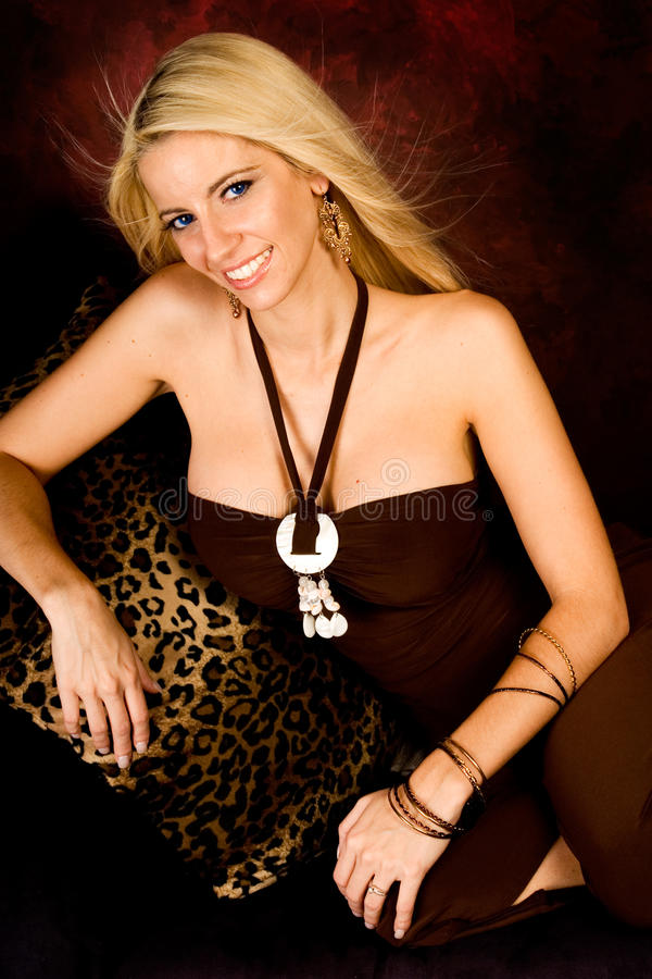 Sexy blonde vrouwenmannequin stock fotografie