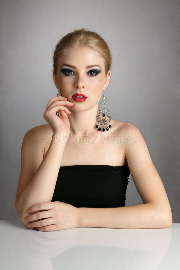 Download Blonde Woman Portrait Royalty Free Stock Photo - Image: 21036095