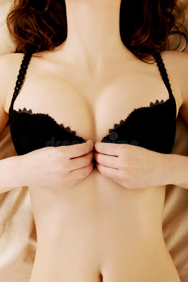 Ulaal sex sexy girls taking off bras hardy sexy nude