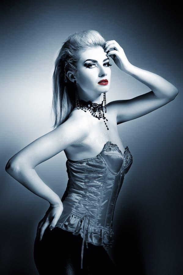 Sexy gotische vrouw royalty-vrije stock afbeelding