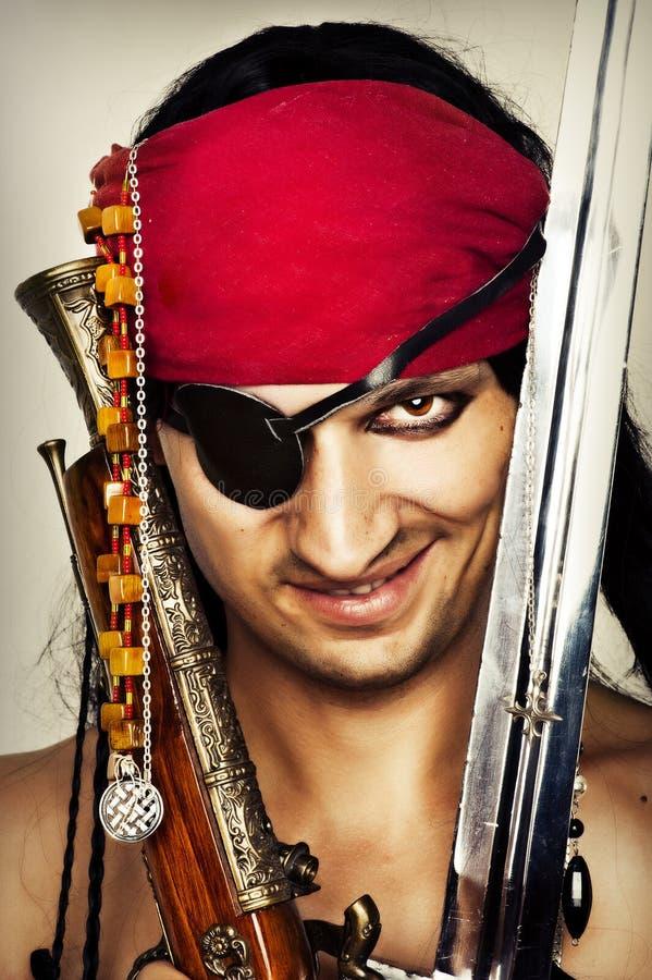 Sexy knappe mannelijke piraat royalty-vrije stock foto's