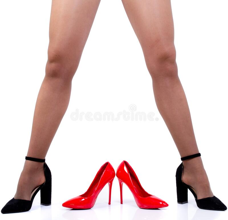 Free Sexy Legs Of An Adult Woman With Shoes Royalty Free Stock Photos - 172595388