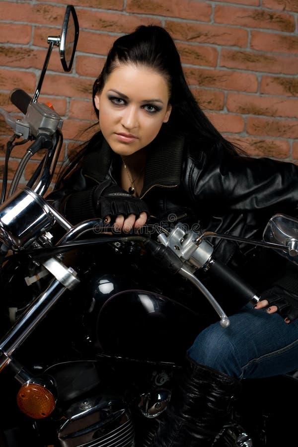 Sexy Mädchen auf Motorrädern