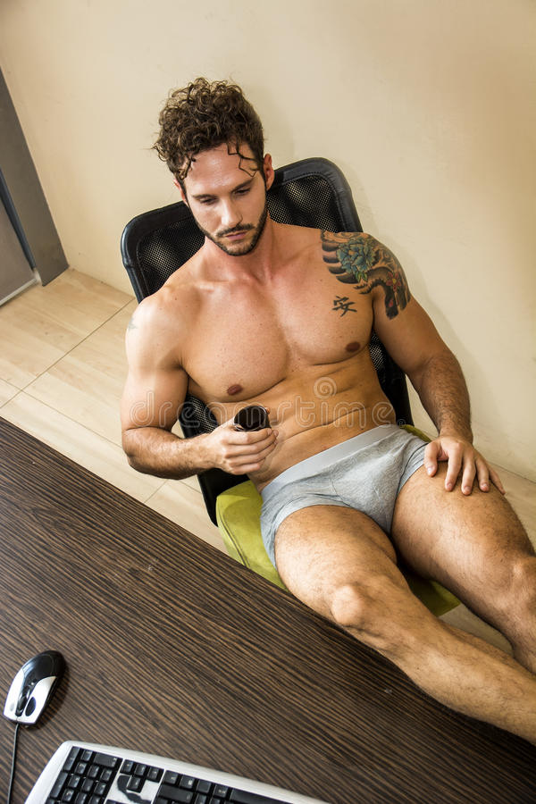 how-topless-coffee-pics-mauritian-guy