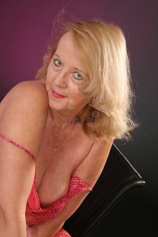 Downlad lady mature