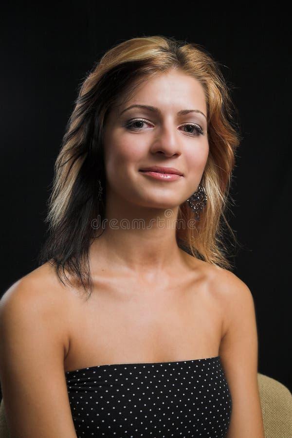 Sexy modelzitting stock fotografie