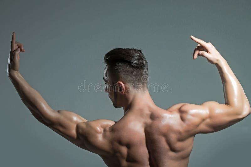 Muskulöse männer nackte Muskulöse Männer