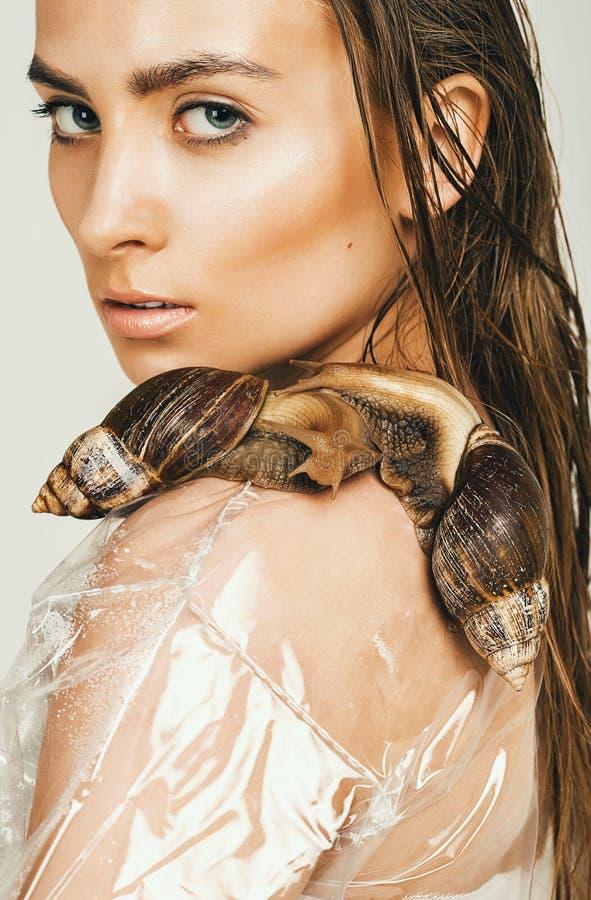 Skincare Mit Schnecken Schlamm Fotos - Kostenlose und