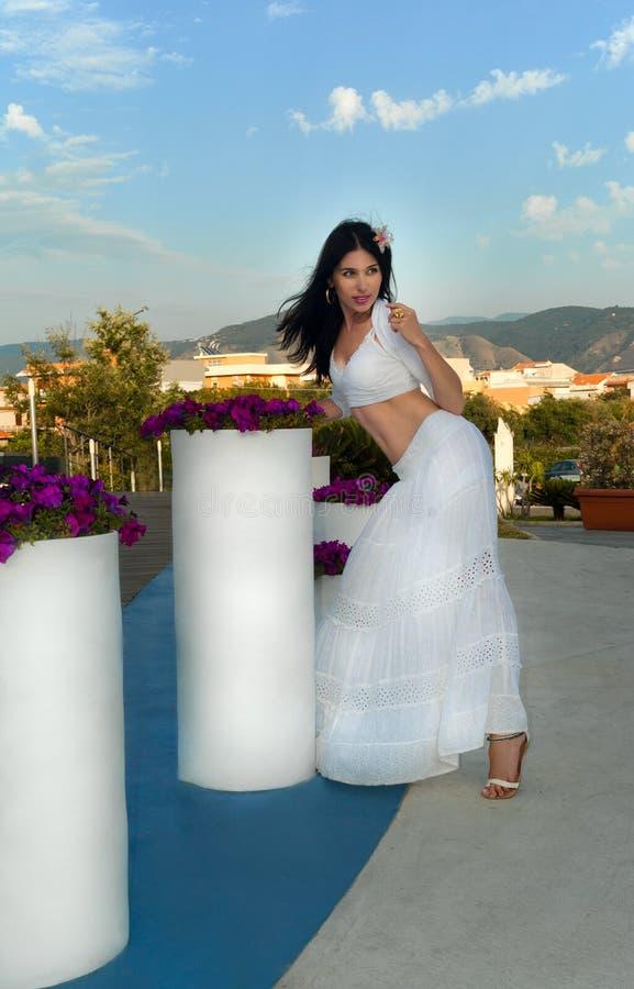 Sexy vrouw in Sicilië royalty-vrije stock afbeeldingen