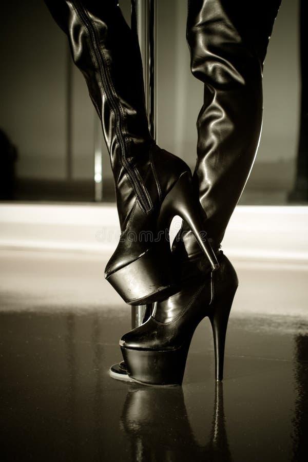 Sexy Zwarte Laarzen royalty-vrije stock afbeeldingen