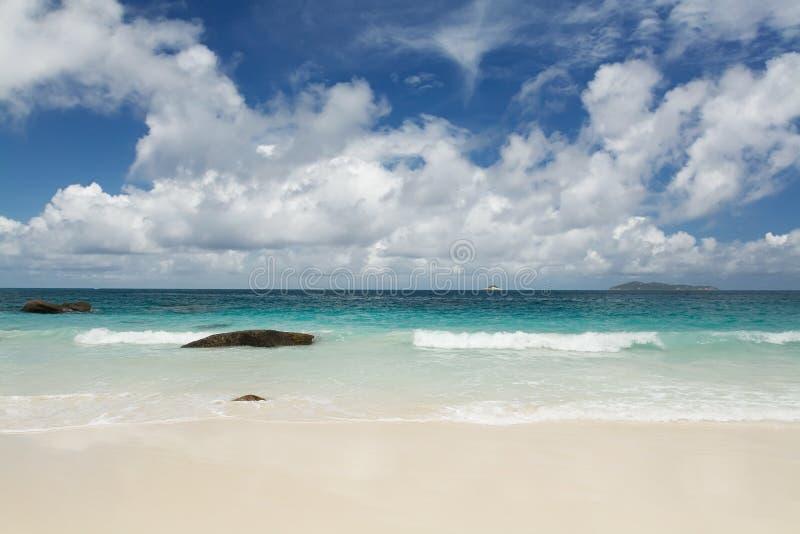 Seychellen-Meerblick. lizenzfreie stockbilder