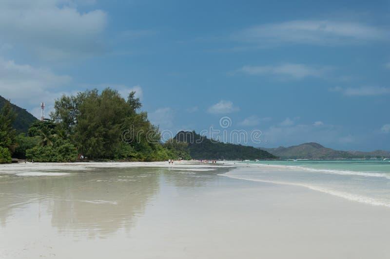 Seychelles Piękna Anse Volbert plaża zdjęcia stock