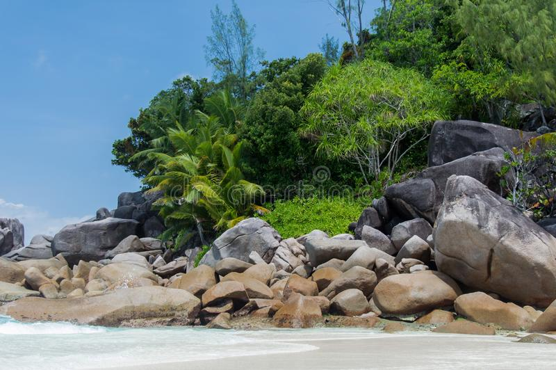 Seychelles Piękna Anse Volbert plaża fotografia stock