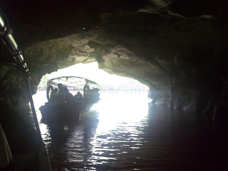 Download Seychells 库存照片. 图片 包括有 极大, 晒裂, 采取, 海运, 岩石, 橙色, 云彩, 树荫 - 72353782