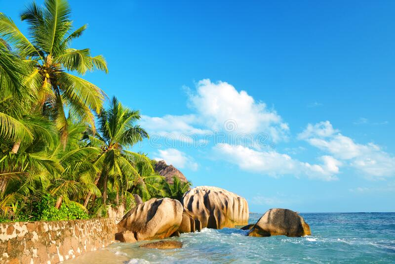 Seyshelles La Digue Island美丽的Anse Source d'Argent海滩 免版税库存图片