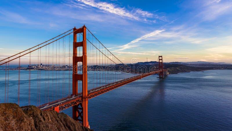SF golden gate bridge bij Zonsondergang royalty-vrije stock foto