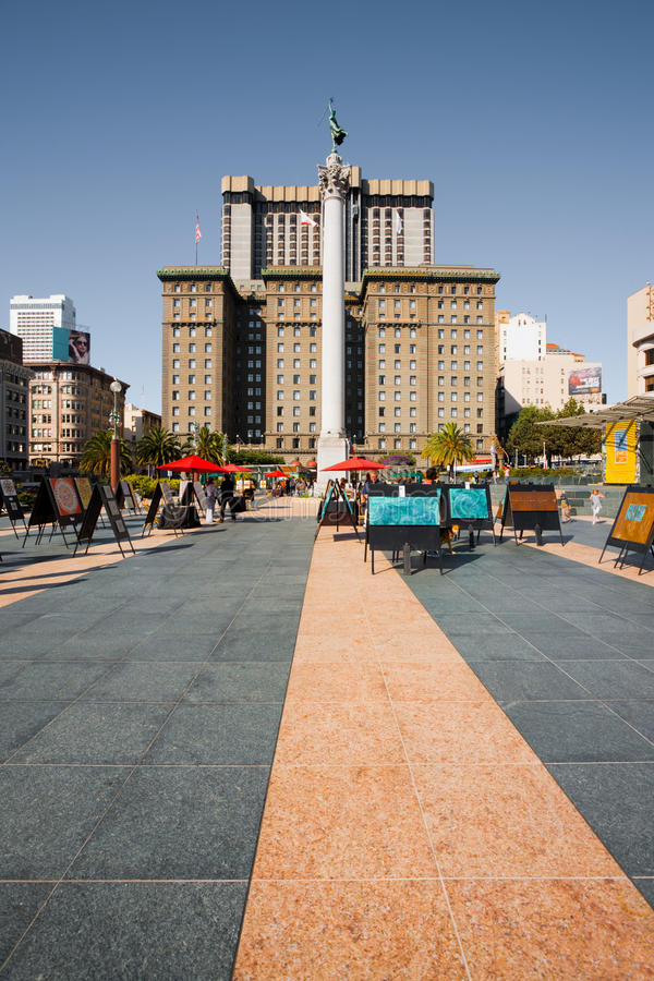 Download SF Union Square Art Market editorial stock image. Image of sunny - 23038469
