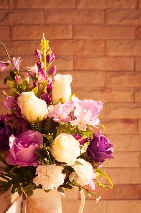 Sfałszowani kwiaty zdjęcia stock