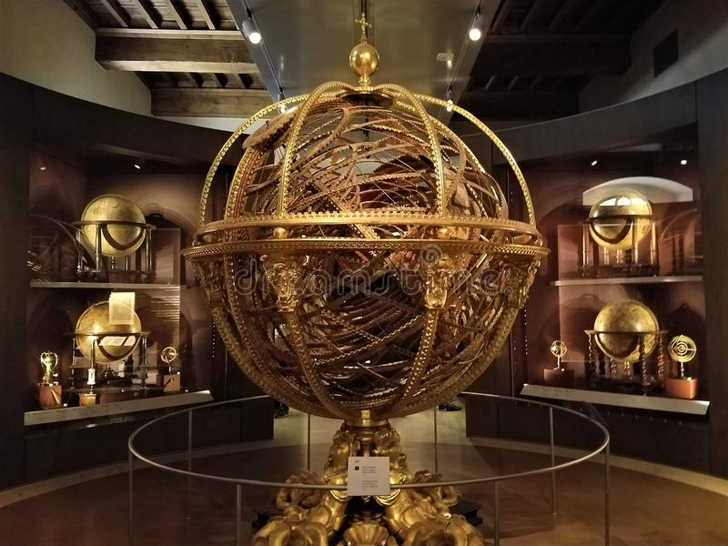 Sfera armillare a Galileo Museum a Firenze fotografia stock
