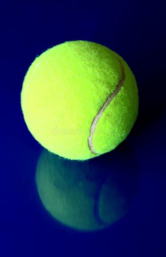 Sfera di tennis 3 immagini stock libere da diritti
