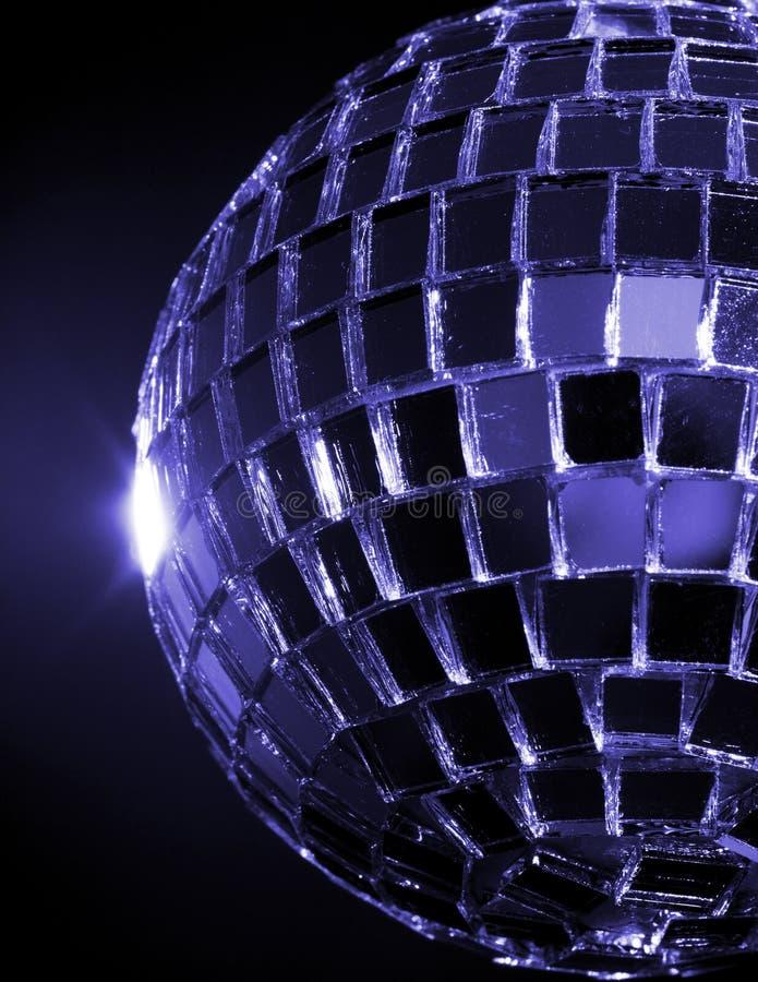 Sfera Hued blu della discoteca fotografie stock libere da diritti
