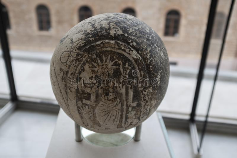 Sfera magica nel museo dell'acropoli, Atene, Grecia immagine stock
