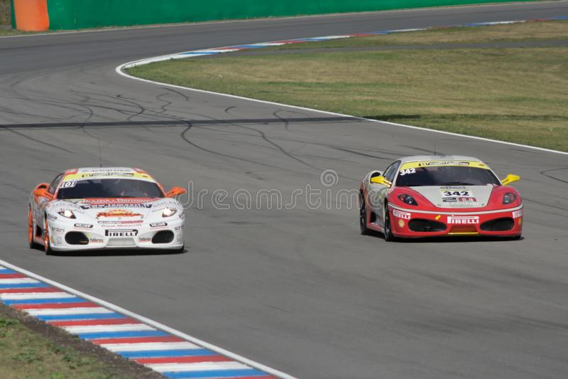 Sfida del Ferrari 430 fotografie stock libere da diritti
