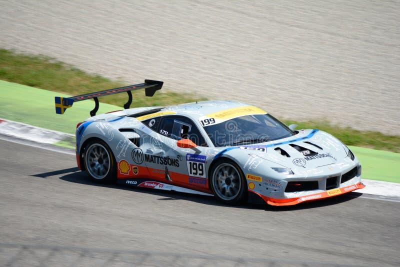 Sfida di Ingvar Mattsson Ferrari 488 immagine stock libera da diritti