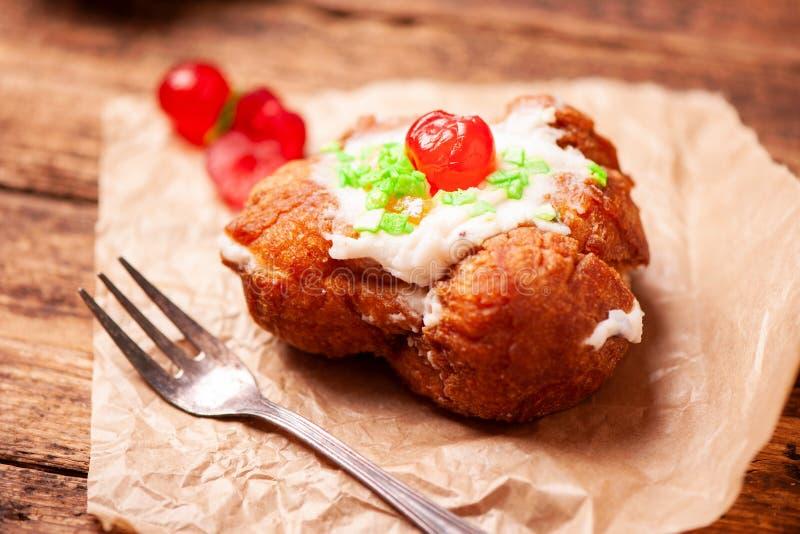 Sfincia di Сан Giuseppe, tipical сицилийское печенье сделанное с свежей стоковое фото rf