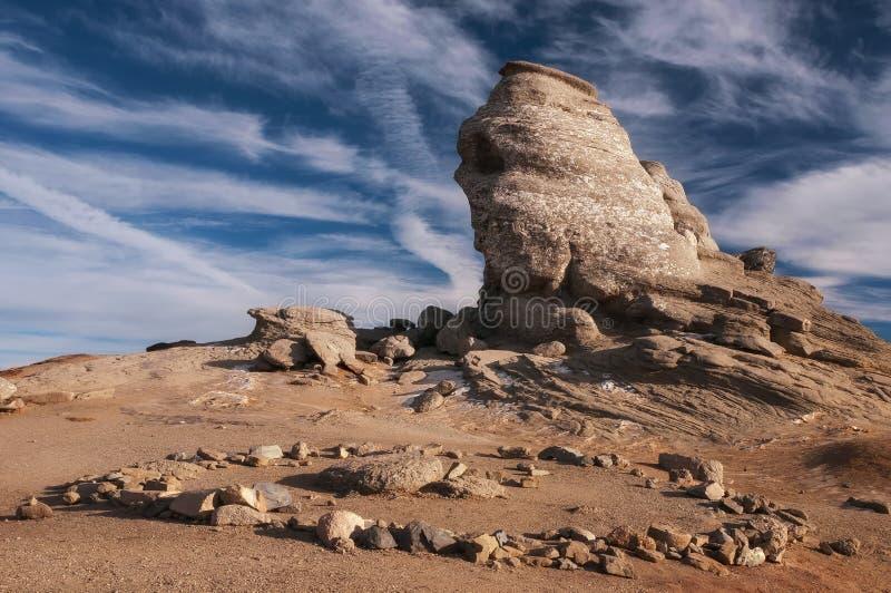 Sfinx de las montañas Rumania de Bucegi imagen de archivo libre de regalías