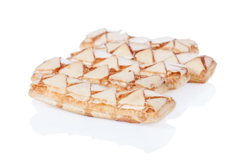 Sfogliatine, μια ιταλική ζύμη ριπών, που απομονώνεται στο άσπρο υπόβαθρο στοκ εικόνα