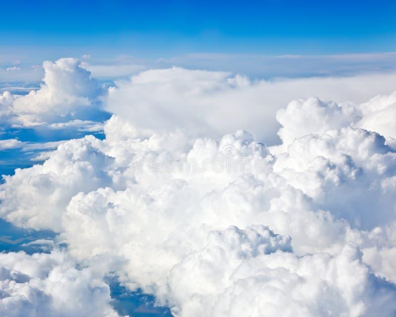 Sfondo naturale: cielo nuvoloso fotografia stock libera da diritti