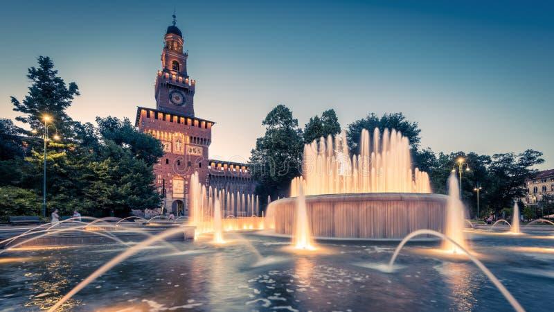 Sforza城堡全景在米兰 库存图片
