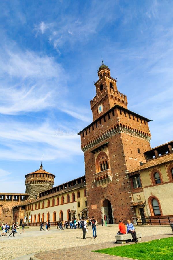 Sforza kasztel Castello Sforzesco w Mediolan obrazy royalty free