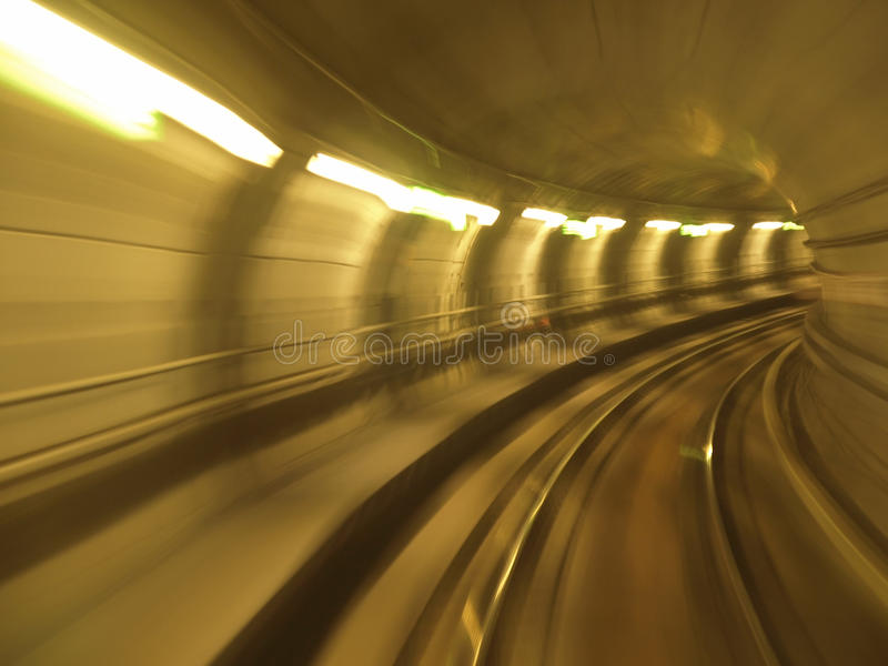 Sfuocatura del traforo della metropolitana fotografia stock libera da diritti